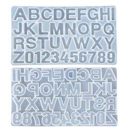 Vente en gros Petit bricolage Résine de silicone Moule pour lettres Lettre Alphabet Moule Numéro silicone numéro Alphabet Moisissures bijoux Keychain MOULE