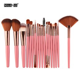 18 eye shadows NZ - MAANGE 18 pieces brushes professional makeup Foundation eye shadow lips brush cosmetics set Brush kit, maquiagem