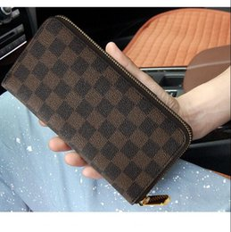 Wholesale fashion designer credit card holder high quality candy color leather purse wallet folded notes and receipts bag wallets purses Clutch Bags