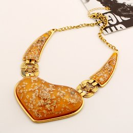 $enCountryForm.capitalKeyWord Australia - Europe and the United States style Fashion exaggerated necklace retro gem big heart shape necklace personalized metal necklace