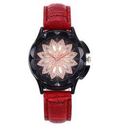 Chinese  Women's Fashion Golden Wrist Watches Red Leather Watchband Top Luxury Brand Ladies Geneva Quartz Clock Female Wristwatch LB manufacturers