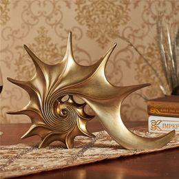 $enCountryForm.capitalKeyWord Australia - American Style Retro Luxurious Home Decoration Accessories Resin Conch Figurines Wine Cabinet Decor Art Craft