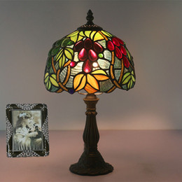 stained glass desk lamps 2019 - Vintage Table Lamp European Bedroon Bedside Desk Lamp Classical Bar Art Deco Stained Glass Lamp Cafe Restaurant Table Li