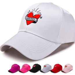 f04e27a02a1 Unisex Love Embroidery Baseball Cap Bone Men Women Snapback KPOP Caps  Flipper Heart Love Sun visor Truck Hat