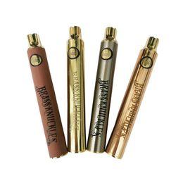 Vente en gros Knuckles en laiton Préchauffer la batterie VV Tension réglable de la batterie 900mAh VK Batterie 510 Thread Special Vape Batteries
