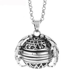 China Women Fashion Expanding 4 Photo Locket Trendy Alloy Necklace Silver Ball Angel Wing Pendant Memorial Gifts L0502 cheap expand ball suppliers