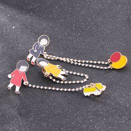 $enCountryForm.capitalKeyWord Australia - Cartoon Cute Girls and Dog Brooch Coat Shirt Tassel Pins Brooches Badges for Women Men Cute Pin
