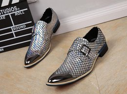 silver falls Australia - 2019 High quality Metal point men's Formal Shoes gold silver Men dress shoes Fish-scale Oxford shoes men loafers N95