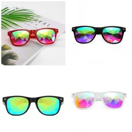 $enCountryForm.capitalKeyWord Australia - Fashion Cube Kaleidoscope Glasses Rainbow Bling Resin Outdoor Sunglasses Halloween Perform Eyewear Party Decorations Unisex 4 Colors 11lx E1