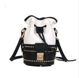 2018 Summer Retro Splicing Quality PU Leather Handbag Designer Brand Luxury  Women Bucket Bag Female Party Cute Messenger Bag d966922c0c54f