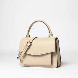 $enCountryForm.capitalKeyWord Australia - Charm2019 Bag Messenger Solid Color Organ Hand Bill Of Lading Shoulder Genuine Leather Woman Package