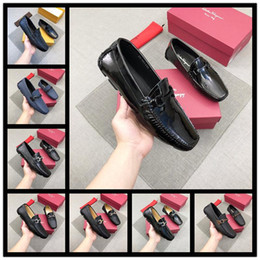 7847d3144b7e6 18ss Sale High Quality Italian Famous Brands Top Leather Famous Brands  Shoes Men Dressing Shoes Black White Men s Size 38-45 With Bo