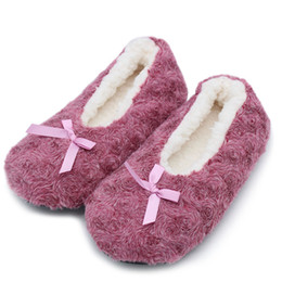 wholesale gifts homes NZ - Indoor Floor Shoes Rose Pattern Ladies Slippers Rose Slippers Girlfriend Gifts Warm Winter Home Slippers