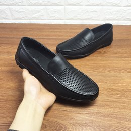 $enCountryForm.capitalKeyWord Australia - Manxixi Brand 19 Spring New Leather Feet Business Comfortable Casual Men's Shoes Flat Punching Men's Hole Shoes Size 38-44 1212