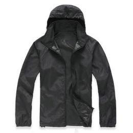 Мужская куртка дождя открытый случайные толстовки ветрозащитный водонепроницаемый солнцезащитный крем лицо с капюшоном пальто кожи анти УФ дождевики 15 цветов GGA1587 на Распродаже