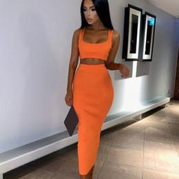 Venta al por mayor de Womens Sexy de dos piezas establece un vestido largo 2019 verano 2 unidades mujeres Crop Top y conjunto de falda Party Club trajes naranja establece ropa