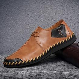 b18d06f4d7e Zapatos para hombre hechos a mano de la marea Negro Púrpura Marrón Suave de  cuero Antideslizante Suela de goma Moda Empalme Zapatos casuales para hombre  con ...