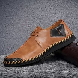 Zapatos para hombre hechos a mano de la marea Negro Púrpura Marrón Suave de cuero Antideslizante Suela de goma Moda Empalme Zapatos casuales para hombre con gran tamaño US11 en venta