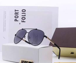 Glasses Female Titanium Australia - Top Quality Classic Pilot Sunglasses Brand Men Womens Sun Glasses tom Eyewear Gold Metal Glass Lenses Original Case bag #0918