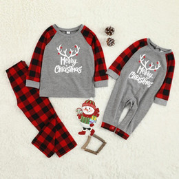 match clothing mom baby Canada - Christmas Family Pajamas Set Christmas Clothes Parent-child Suit Home Sleepwear New Baby Kid Dad Mom Matching Family Outfits
