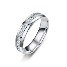 Wholesale New Silver Gold Black Color Inlay Crystal Wedding Rings For Women Men Titanium Stainless Steel CZ Zircon Rings Bague Bijoux