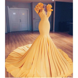 gown arabic design 2020 - Saudi Arabic Yellow Mermaid Prom Dresses Special Designed Long Evening Gowns Ruffles On Shoulder Abiye Elastic Party Dre