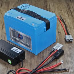 Venta al por mayor de 60V de litio ion ebike batería 3000W ebike de la batería con 67.2v 3A cargador 60A BMS litio Scooter bicicletas batería