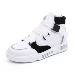 top dance shoes 2019 - High Quality Mens Leather Sneakers Men Casual High Top Shoes Fashion Breathable Men Black White Street Dancing Footwear