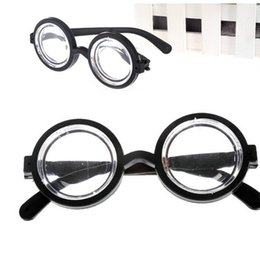Party favor frames online shopping - Child Boy Girl Eyewear Clown Perform Spectacles Plastic Round Frame Glasses Party Decorate Small And Exquisite MMA1913