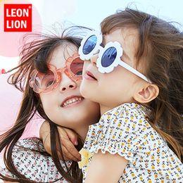 $enCountryForm.capitalKeyWord NZ - LeonLion Flower Lovely Sunglasses Girls Vintage Metal Luxury Glasses Boys Retro Travel Shopping Oculos De Sol Feminino UV400
