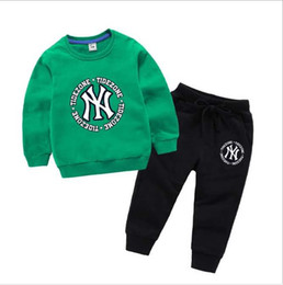 Branded Baby Kids Clothes Australia - New Baby Boys And Girls Suit Brand Tracksuits 2 Kids Clothing Set Hot Sell Fashion Spring Autumn Children's Dresses Long Sleeve T2165
