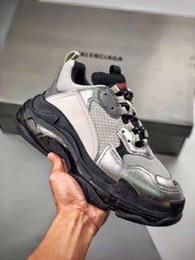 $enCountryForm.capitalKeyWord Australia - Hot Item 19 Black Silver Man And Women Shoe TPU Soft Sole Classic Style After Carving Comfortable Running Sneaker With Origin Box