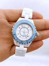 $enCountryForm.capitalKeyWord Australia - Best selling ceramic drill face watch diameter 33mm quartz movement luxury watch fashion exquisite gift classic ladies watch for women