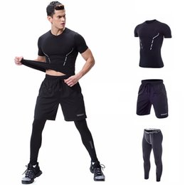 $enCountryForm.capitalKeyWord Australia - 3 Piece Jogging Suits Running Compression Shirt Pant Bodybuilding Sports Wear For Men Gym Workout Clothes Tracksuit Short Sleeve