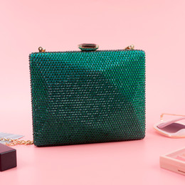 clutches for evenings Australia - Green Clutch Evening Bag For Women Fashion Gold Chain Crossbody Bags Femme Crystal Party Purse Bag Pochette Femme ZD1453