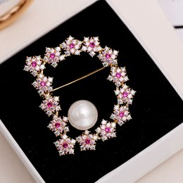 $enCountryForm.capitalKeyWord NZ - wholesale New Fashion Jewelry Gold Color CZ Multicolor Crystal Flower Letter D Design Apparel Brooch Pin Collar For Women S396