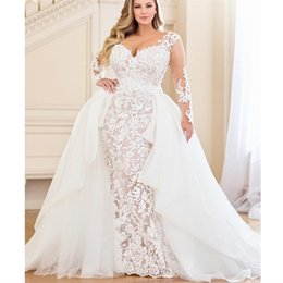 3f0a974c4 2019 moderno champanhe cetim bainha vestidos de casamento sexy v pescoço  destacável trem vestidos de noiva