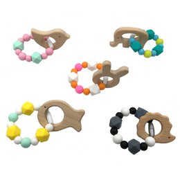 $enCountryForm.capitalKeyWord Australia - Baby Teether Wooden Animals Silicone Beads Baby Stroller Toy Silicone Teether Nursing Bracelet Crib Toy Rattles