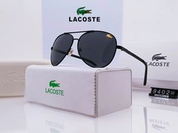 Quality Beach Wraps Australia - One Pair With Case!High Quality New Turbine Sunglasses Fashion Beach Sunglass Outdoor Sport sunglasses Many Colors.