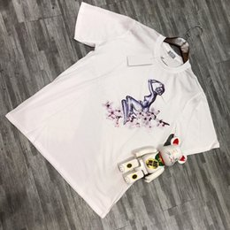 $enCountryForm.capitalKeyWord Australia - 19SS Flying Goddess Cherry Blossom Tee With Short Sleeves Printing Robot Crew Neck Summer Tee Breathable Luxury Short Tee HFSSTX007