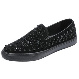 $enCountryForm.capitalKeyWord NZ - High-end Men Summer loafers sneaker Rivets Rhinestone Breathable Prom Party shoes Slip-On flats Comfort Platform low top Leather shoes