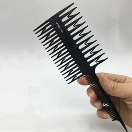 $enCountryForm.capitalKeyWord Australia - 1pc Big Tooth Comb Hair Dyeing Tool Highlighting Comb Brush Salon Pro Fish Bone Design Comb Hair Dyeing Sectioning Unisex Combs