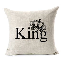 $enCountryForm.capitalKeyWord UK - Queen King Crown Love Kiss Cushion Covers His Beauty English Letter Thick Linen Cotton Pillow Case 45X45cm Sofa Chair Decoration