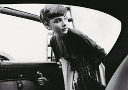 Audrey Hepburn Decor Australia - Audrey Hepburn wall decor Art Silk Print Poster 324