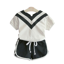 $enCountryForm.capitalKeyWord UK - Kids Girls Sportswear Sets Summer Casual Patchwork Cotton Vest Short Sleeve Top Kids Designer Clothes Two-Piece Suit Solid Elastic Shorts