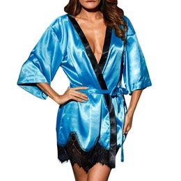 2019 Women Short Satin Bride Robe Sexy Wedding Dressing Gown Lace Silk  Kimono Bathrobe Summer Bridesmaid Bath Robe Nightwear   820ea1524