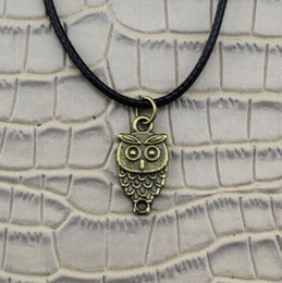 owl pendant necklace men UK - Cute Owl Necklace Pendant Black Leather Cord Necklace Charm Bronze Men Women Jewelry Fashion Friendship Gift Party Accessories Souvenir