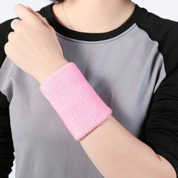 Wholesale Hot pc Wristbands Sport Sweatband Easy To Dry Breathable Hand Band Sweat Wrist Support Brace Wraps Guards For Gym Volleyball