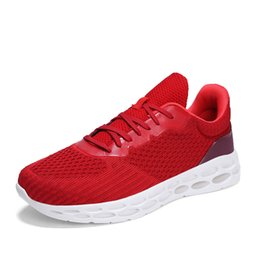 male tennis shoes NZ - Mens Tenis Masculino Breathable Air Mesh Gym Sport Shoes Men Tennis Shoes Male Stability Athletic Sneakers Mens Trainers Zapatos