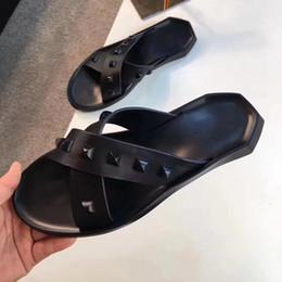 Branded Designer Shoes For Men Australia - Fashion Rivet slippers Men Designer SlippersFlip Flops Black Open-toed sandal, Luxury Brand Sandals Comfortable Beach Shoes For Men